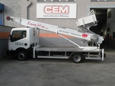 Una nuova Piattaforma Aerea CEM per le strade di Milano e Monza Brianza