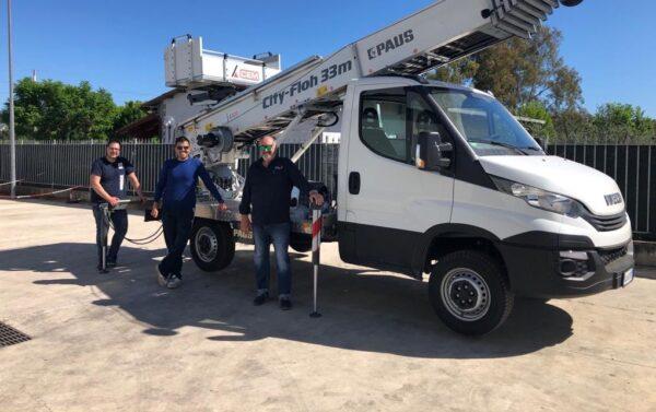 CEM consegna una nuova PAUS City Floh 33 Metri Ibrida alla ditta Magic-House